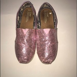 Toms pink glitter girls sz 3.5